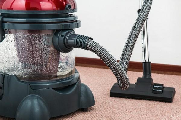 vacuum-cleaner-657719_960_720.jpg